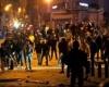 """بعد يوم من """"القوة المفرطة"""".. غضب يقطع الطرقات في لبنان"""