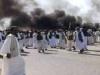 السودان.. محتجون يعزلون الخرطوم عن موانئ البلاد