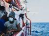 """سفينة إنقاذ المهاجرين """"أوشن فايكينغ"""" تطالب بمرفأ آمن لإنزال 555 شخصا على متنها"""
