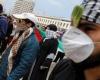 آلاف المغاربة يحتجون على نقل السفارة الأمريكية إلى القدس