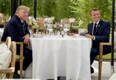 """لقاء ماكرون – ترامب يبرّد الأجواء قبل افتتاح قمة """"السبع"""""""