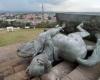 عدوى إسقاط التماثيل تصل إلى كولومبيا