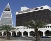 السعودية .. تساقط البرد يوقع إصابات ويحطم زجاج مركبات