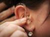 كيفية التنظيف السليم لسماعة الأذن الطبية