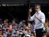 زعيم المعارضة الفنزويلية يحشد آلاف المتظاهرين ضد مادورو