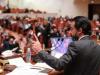 مشادة كلامية بين مرشحين للانتخابات في اجتماع لحزب الحلبوسي