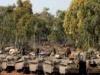 """إسرائيل تلوح بـ""""اجتياح غزة"""".. ومصر تكثف جهود التهدئة"""