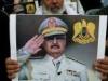 """حفتر يستحدث """"وسام الشهيد"""" لأهالي القتلى في صفوف قواته"""